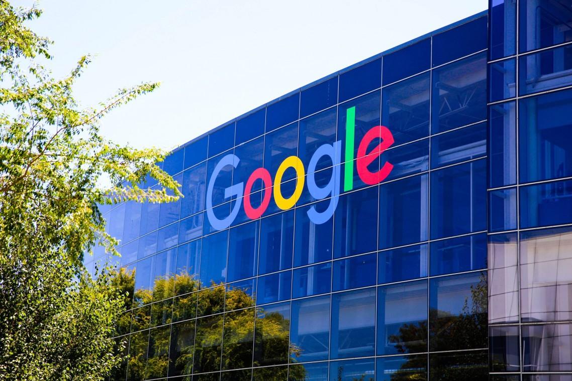 SAD: Grupa saveznih država pokreće istragu o tržišnoj moći Gugla
