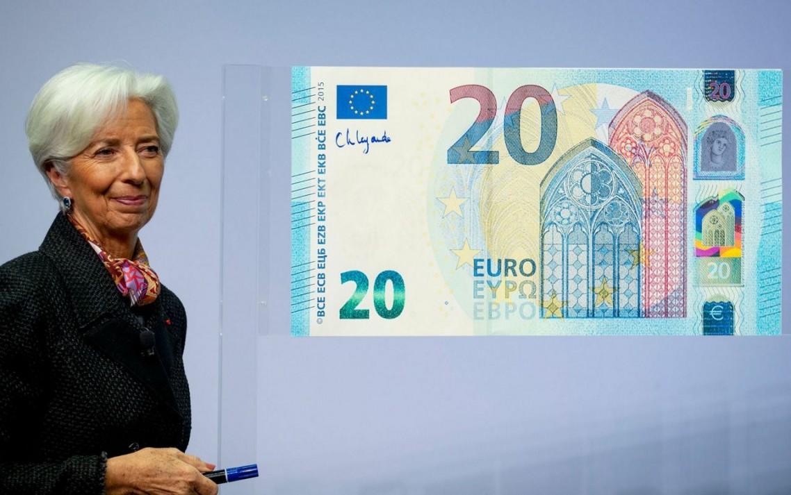 Kristin Lagard potpisala nove novčanice evra i pustila ih u opticaj