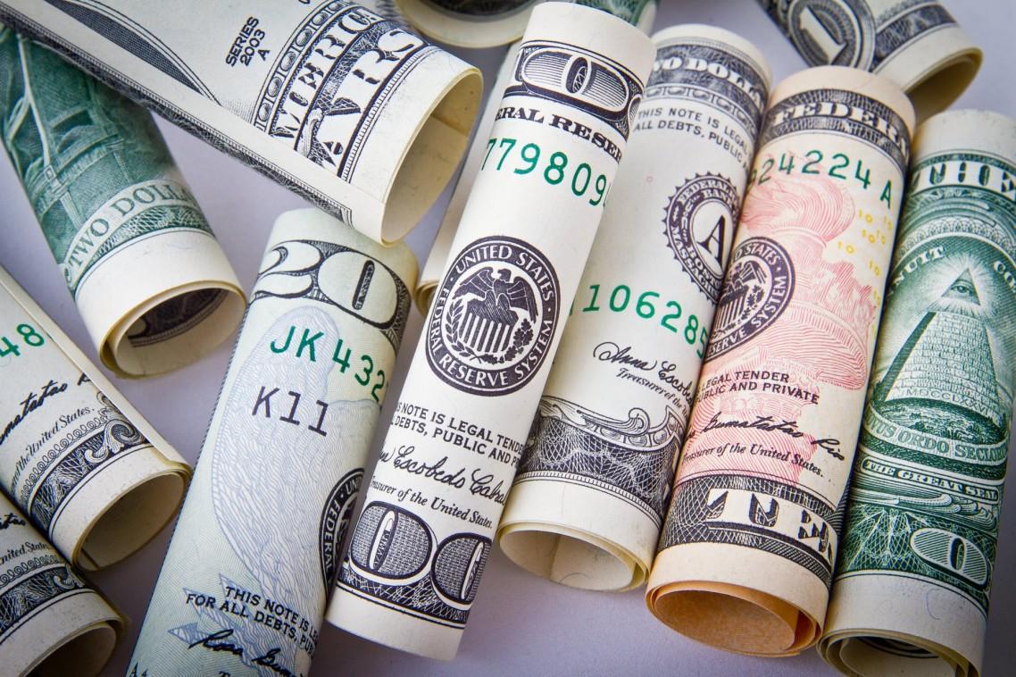 Dolar stabilan prema evru