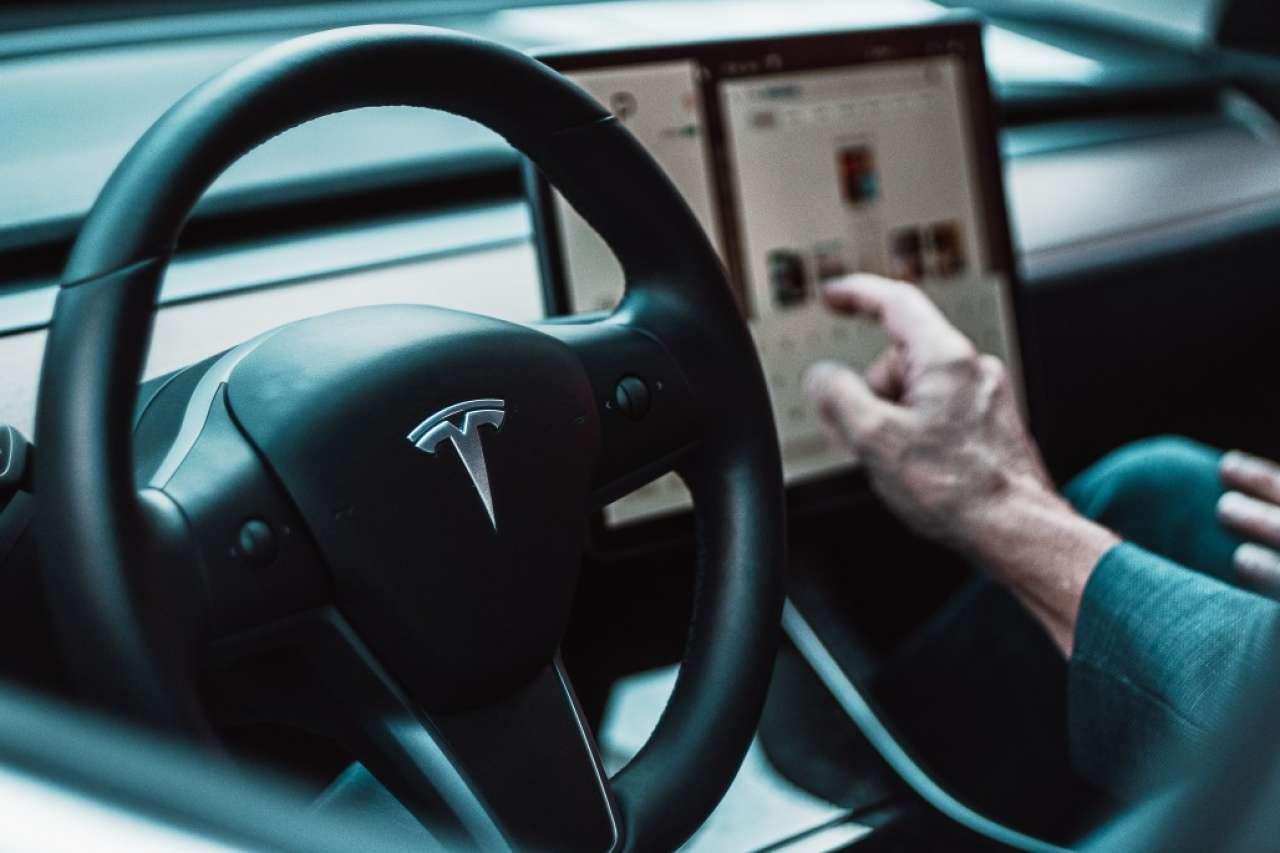 Tesla: Ugovor o snabdevanju litijumom na pet godina